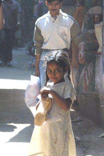 Zdjęcia: Waranasi, Uttar Pradesh, dziewczynka, INDIE