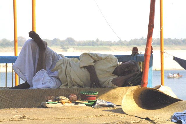Zdjęcia: Waranasi, Uttar Pradesh, Nad Gangesem, INDIE