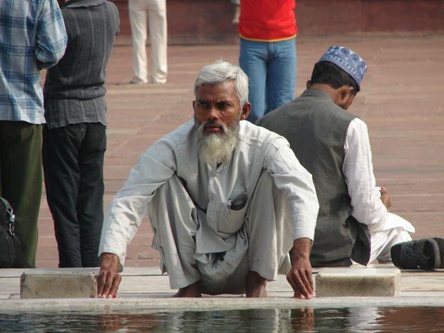 Zdjęcia: Dehli, Przed modlitwą, INDIE