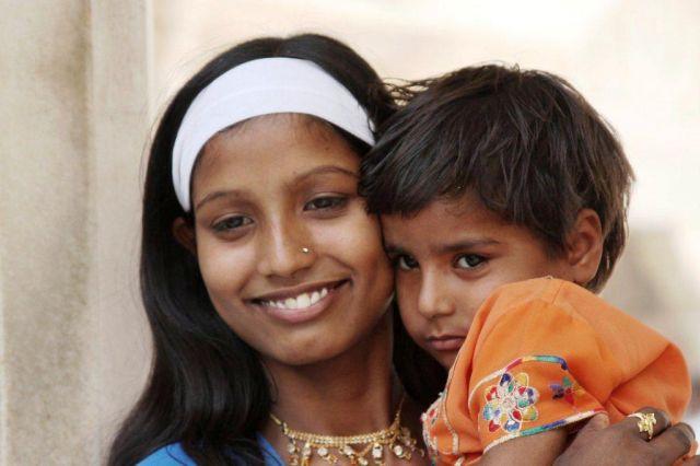Zdjęcia: Agra, Girls, INDIE