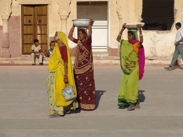 Zdjęcia: Jajpur, Damy, INDIE