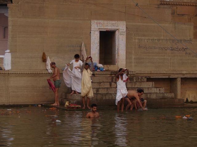 Zdjęcia: Varanasi, Święta rzeka, INDIE