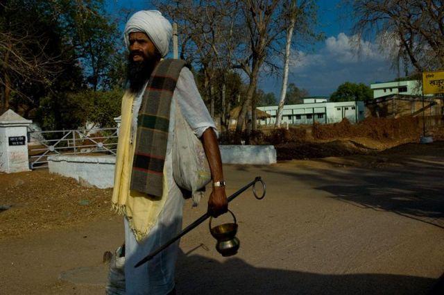 Zdjęcia: Madhya Pradesh, Madhya Pradesh , Sadhu w drodze..., INDIE