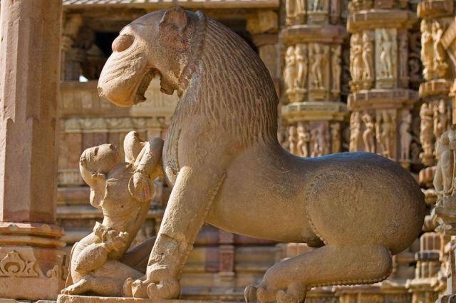 Zdjęcia: Khajuraho, Madhya Pradesh , Kamienne rzeżby w Khajuraho, INDIE
