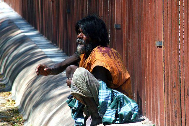 Zdjęcia: Pemayangtse, Żebrak, INDIE