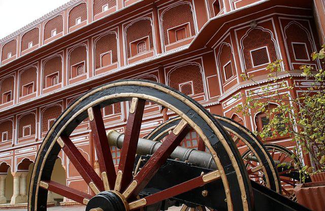 Zdjęcia: JAIPUR Pałac Maharadży, U Maharadży, INDIE