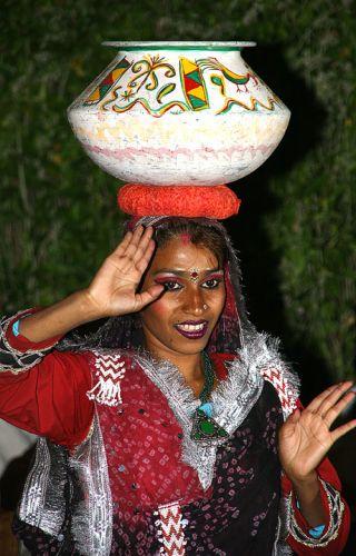 Zdjęcia: Jaipur, -RAJASTAN, Tancerka, INDIE