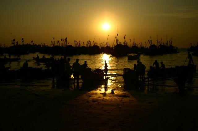 Zdjęcia: Malvan, Konkan Coast, wieczorne połowy, INDIE