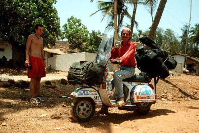 Zdjęcia: Anjuna, GOA, globtroter na vespie, INDIE