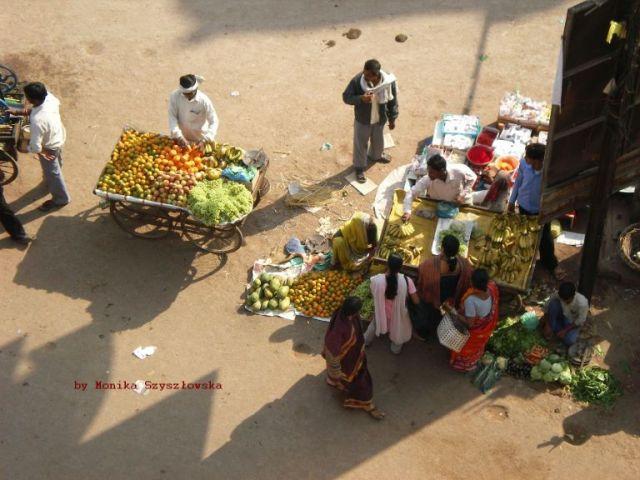 Zdjęcia: Varanasi, targ, INDIE