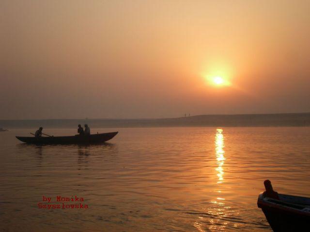 Zdjęcia: Varanasi, o wschodzi słońca, INDIE