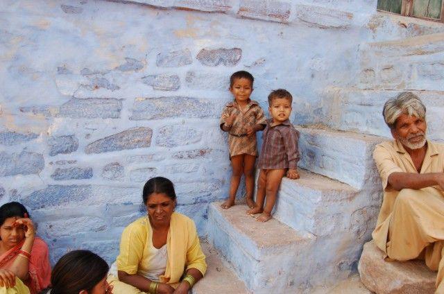 Zdj�cia: Jodhpur, Dzieci z b��kitnego miasta, INDIE