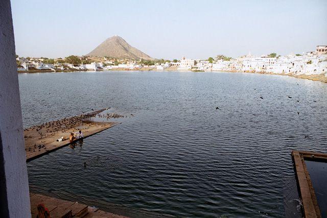 Zdj�cia: Pushkar, Rajasthan, �wi�te jezioro w Pushkarze, INDIE