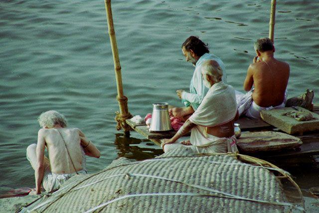 Zdj�cia: Varanasi, sadhu nad Gang�, INDIE