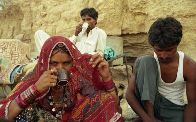 Zdjęcia: Jaisalmer, Rajasthan, czas na herbatkę, INDIE