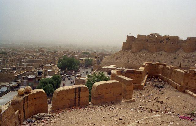 Zdjęcia: Jaisalmer, Rajasthan, Widok na miasto o świcie, INDIE