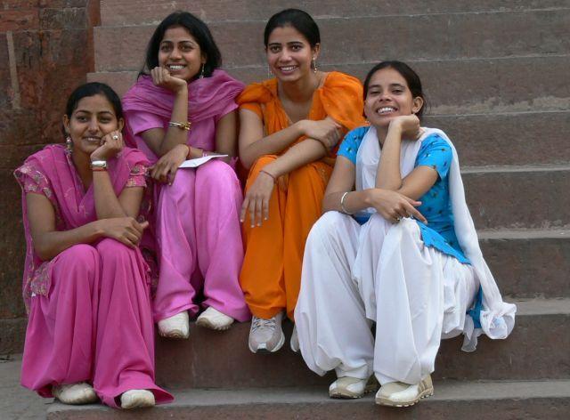 Zdjęcia: Agra, Dziewczyny z drużyny, INDIE