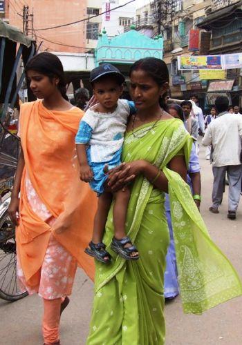 Zdjęcia: gdzies na szlaku.., hinduska moda, INDIE