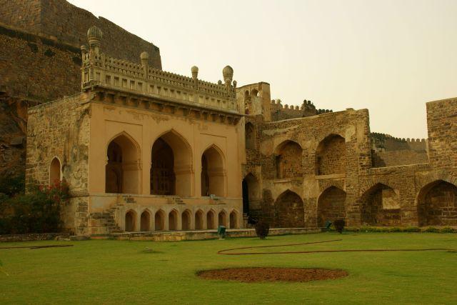Zdjęcia: Chanai, Chanai, Ruiny, INDIE