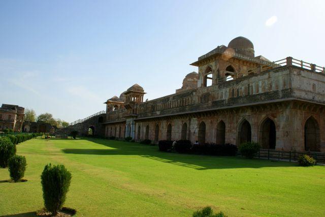Zdjęcia: Godra, Godra, Pałac, INDIE