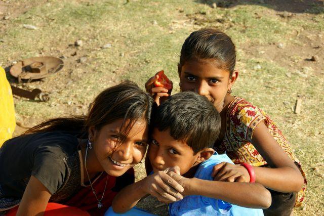 Zdjęcia: Gondra, Gondra, Dzieci, INDIE