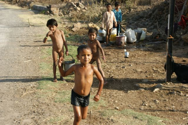 Zdjęcia: Mandi, Mandi, Po  wodę , INDIE