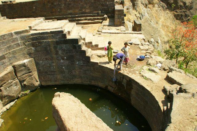 Zdjęcia: Mandi, Mandi, Studnia , INDIE
