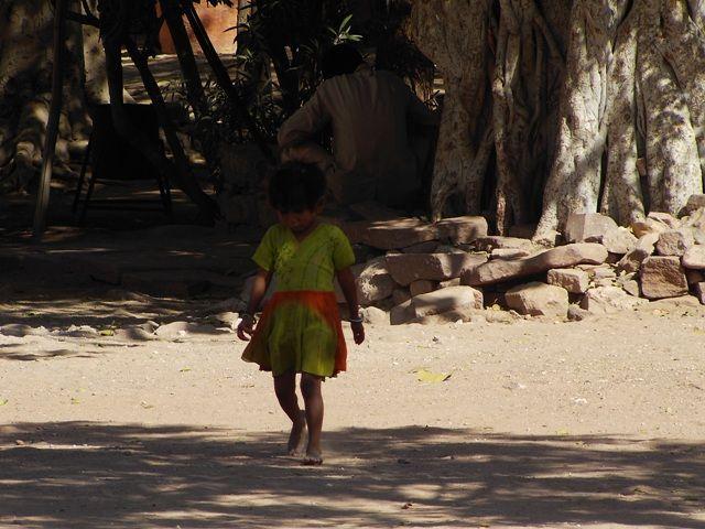 Zdjęcia: Jodhpur, Rajasthan, fort Meherangarh - wewnątrz - dzieci Indii, INDIE