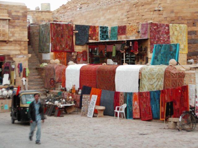 Zdj�cia: Jaisalmer - pustynia Thar, Rajasthan, przed zakupami, INDIE