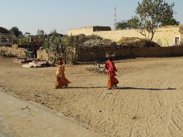 Zdjęcia: Jaisalmer - pustynia Thar, Rajasthan, pustynne osady, INDIE