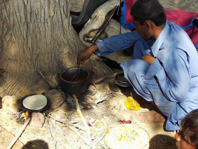 Zdj�cia: Jaisalmer - pustynia Thar, Rajasthan, wsp�lne gotowanie, INDIE