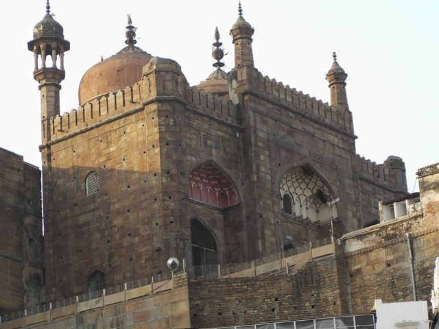 Zdj�cia: Varanasi, Uttar Pradesh, zabudowania, INDIE
