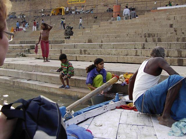 Zdjęcia: Varanasi, Uttar Pradesh, cumowanie, INDIE