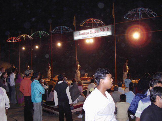 Zdjęcia: Varanasi, Uttar Pradesh, czczenie rzeki, INDIE