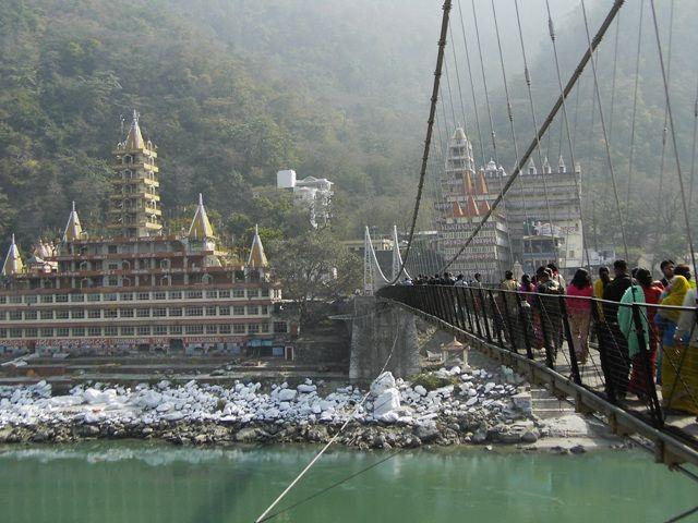 Zdjęcia: Rishikesh, Uttaranchal, widok na Ashramy, INDIE