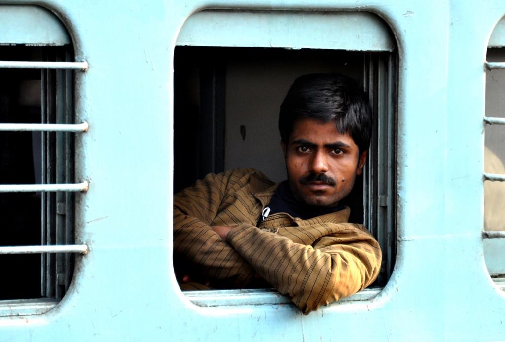 Zdjęcia: Varanasi, Na dworcu, INDIE