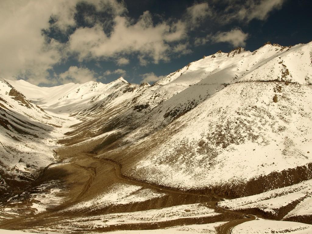 Zdjęcia: Ladakh, Khardung La 5359m, Jammu i Kashmir, w stronę Khardung La , INDIE