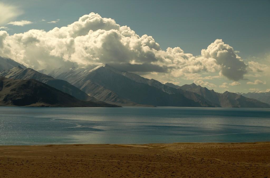 Zdjęcia: Ladakh, Pangong Tso, Jammu i Kashmir, Poranek nad Pangong Tso, INDIE