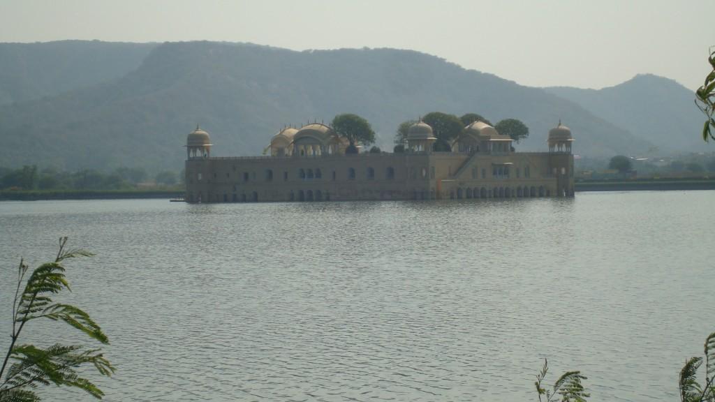 Zdjęcia: Jajpur, Radżastan, Pałac na wodzie, INDIE