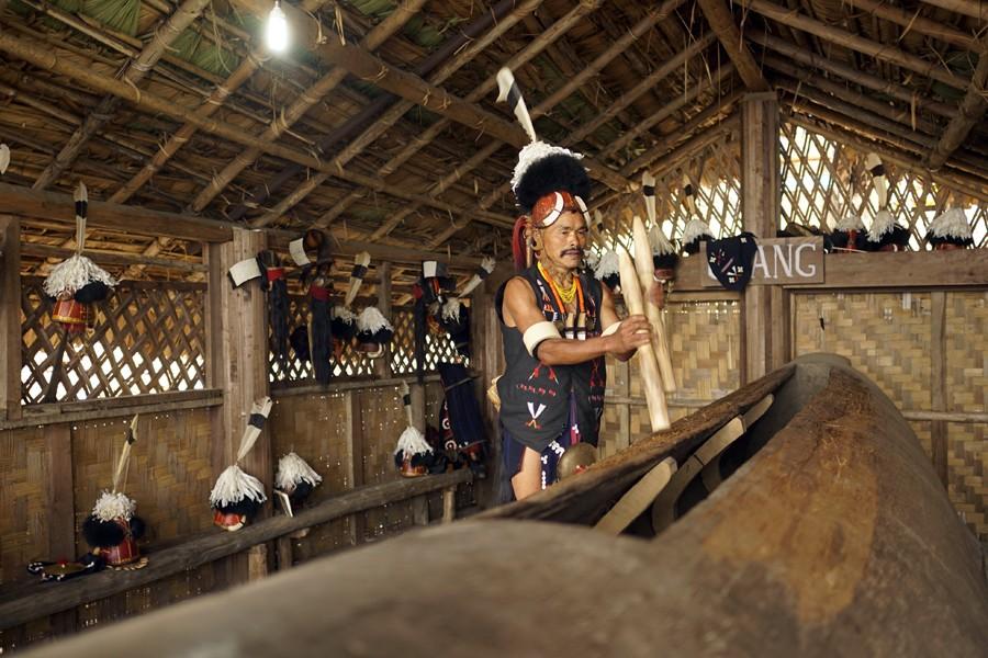 Zdjęcia: Mon, Naga, bęben suum, INDIE