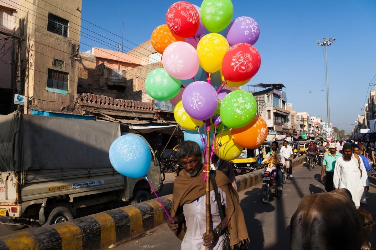 Zdjęcia: Bikaner, Radżastan, Sprzedawca marzeń, INDIE