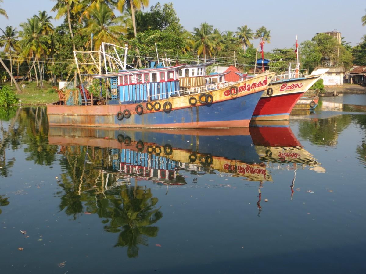 Zdjęcia: rozlewiska , Kerala, ŁODZIE, INDIE