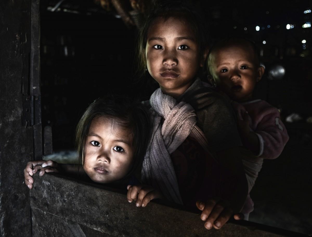 Zdjęcia: wieś Longkhum, Nagaland, Potomkowie łowców głów (plemię Konyak), INDIE