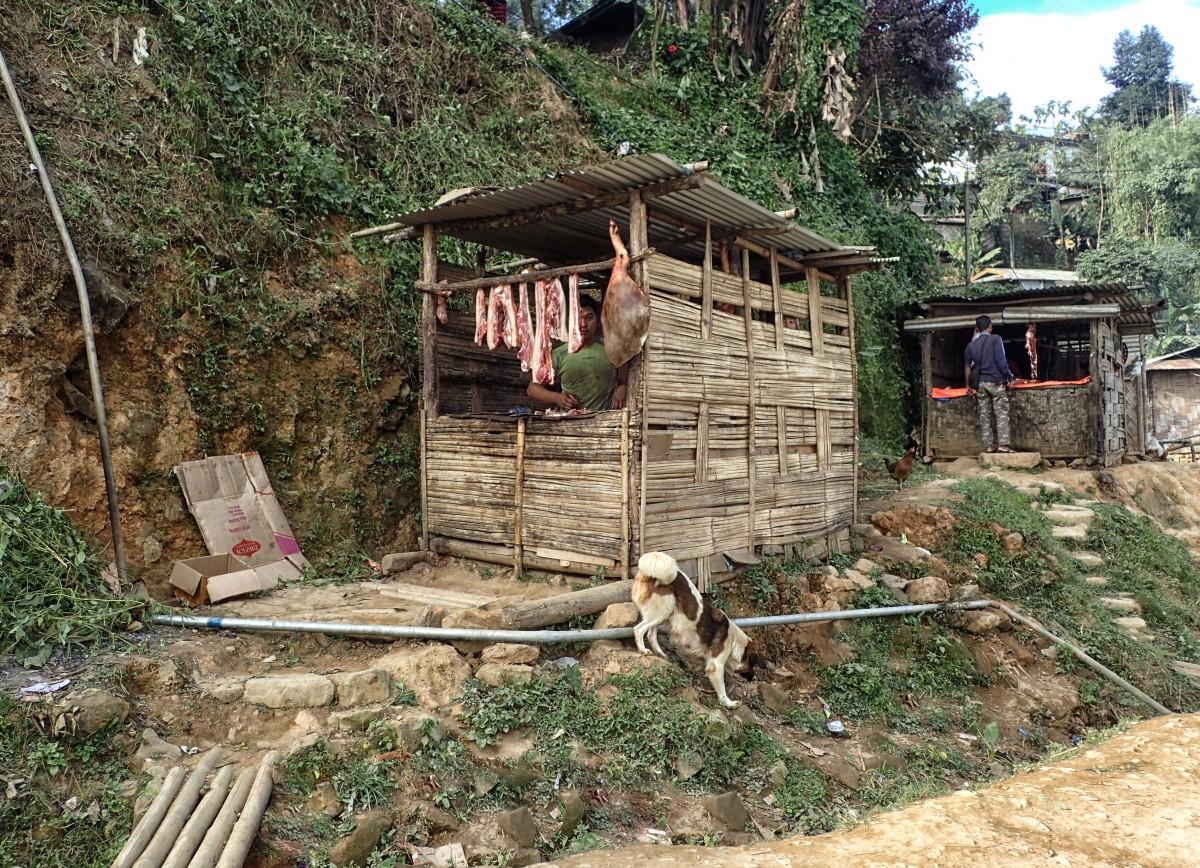 Zdjęcia: Kohima, Nagaland, Aleja mięsnych, INDIE