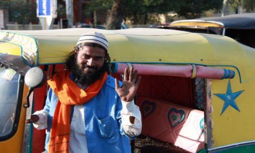 Zdjecie INDIE / Rajasthan / Jaipur / Szcześliwy ryksiarz