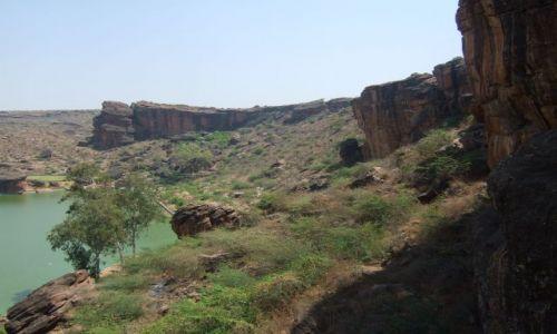 Zdjecie INDIE / Karnataka / Badami / Prawie jak wielki kanion