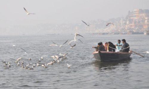 Zdjecie INDIE / Varanasi / Ganges / Swiete miejsce