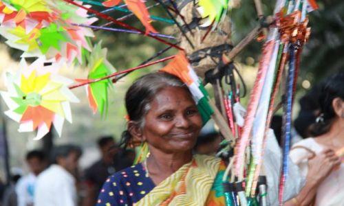 Zdjęcie INDIE / Maharasztra / Bombaj / sprzedajemy co sie da