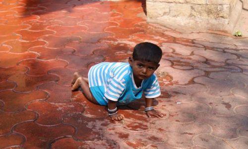 Zdjęcie INDIE / Maharasztra / Bombaj / dziecko