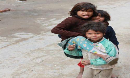 Zdjecie INDIE / Delhi / New Delhi / dzieciaki
